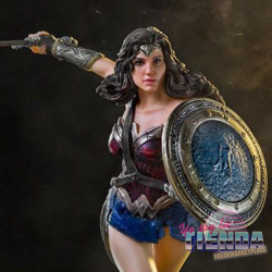 Figura Wonder Woman, Liga...