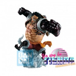 Figura Luffy Gear 4...